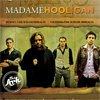 Castiga o invitatie dubla la Madame Hooligan @ The Ark, plus un poster cu autograf, un album si o bere cu baietii