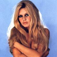Articole despre Filme - Cum arata sosia actritei Brigitte Bardot
