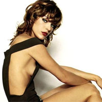 Milla Jovovich in 16 fotografii incendiare si un video surpriza