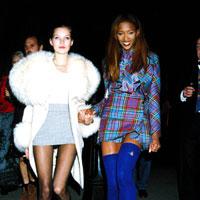 Articole despre Filme - Fotografii fashion de la party-urile anilor 90'