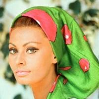 Articole despre Filme - Sophia Loren povesteste despre cum Cary Grant a implorat-o sa-i fie iubit