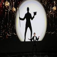 Articole despre Filme - Cum a inceput Neil Patrick Harris gala Oscarurilor 2015 - numarul de dans si cantat