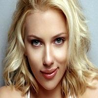 Articole despre Filme - Oscar 2015: Scarlett Johansson, una dintre cele mai sexy aparitii de pe covorul rosu