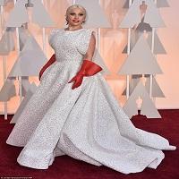 Articole despre Filme - Oscar 2015: Vedetele prost-imbracate de pe covorul rosu