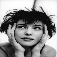 Articole despre Filme - Fotografii fascinante cu Monica Bellucci, date pentru prima data publicitatii
