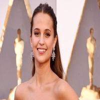 Articole despre Filme - Alicia Vikander o va interpreta pe Lara Croft in noul remake Tomb Raider