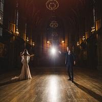 Articole despre Filme - Un cuplu si-a organizat nunta avand drept sursa de inspiratie povestea lui Harry Potter