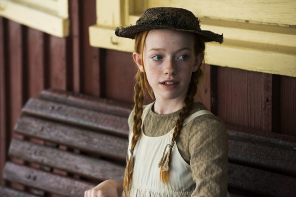 anne-of-green-gables-tv-series-cbc-netflix-season-one-cancelled-renewed-590x394.jpg