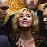 Cronici Filme - Lucy - droguri, evolutie, batai, Matrix si Scarlett Johansson