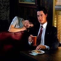 "Filme Seriale - Serialul ""Twin Peaks"" va fi relansat, urmand sa aiba trei noi sezoane"