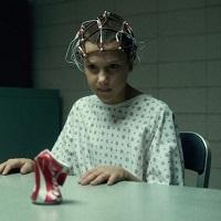 Filme Seriale - Stranger Things, cel mai blana serial nou Netflix, acum cu playlist pe Spotify