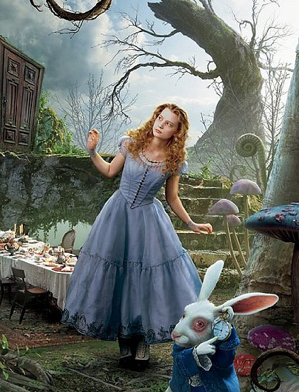 Alice-Wonderland-Movie-Clothes.jpg
