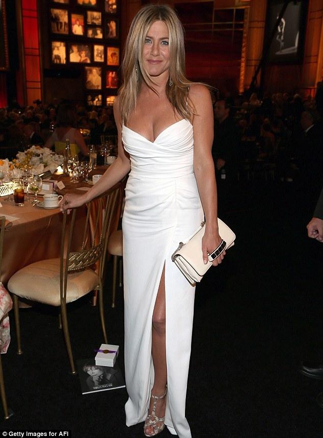Jennifer Aniston a refuzat cererea in casatorie a lui Justin ...