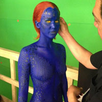 Cat dureaza machiajul pentru costumul lui Jennifer Lawrence, in rolul lui Mystique din X-Men: Days of Future Past - FOTO