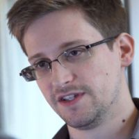 Edward Snowden va fi facut personaj de film de cei care au produs seria James Bond