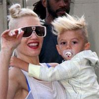Gwen Stefani in vacanta la Disneyland cu copiii