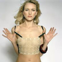 Cum arata Naomi Watts nemachiata la 46 de ani