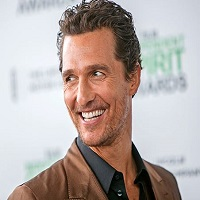 Stiri despre Filme - Magic Mike, Matthew McConaughey, va preda la Universitatea Texas