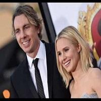 Stiri despre Filme - Kristen Bell a aratat primele poze de la nunta ei de 142 de dolari cu Dax Shepard