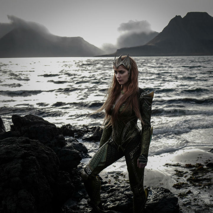 1476455748-syn-esq-1476433565-mera-first-look-final-photo-720x720.jpg
