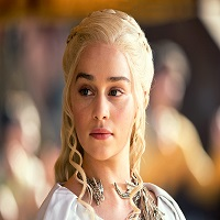 Stiri despre Filme - Modul neasteptat prin care Emilia Clarke aka Khaleesi invata limba Dothraki in Game of Thrones
