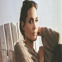 Prima aparitie a Angelinei Jolie in public dupa divort, intr-un video pentru drepturile copiilor