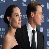 Brad Pitt o ataca dur pe Angelina Jolie