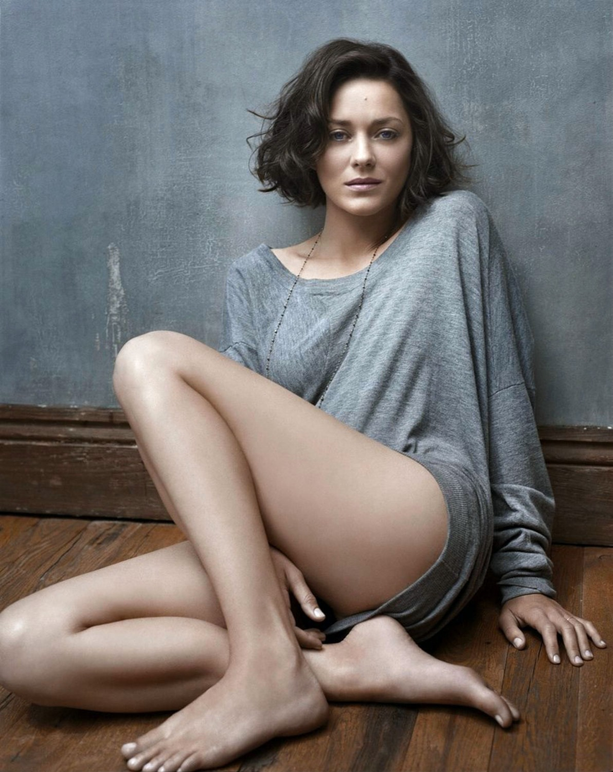 marion-cotillard-body-type-wallpaper-2.jpg