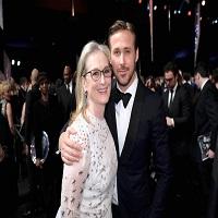 Stiri despre Filme - Moment de pus in rama la SAG Awards 2017 intre Ryan Gosling si Meryl Streep