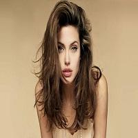 Stiri despre Filme - Angelina Jolie arata senzational intr-o noua campanie Guerlain