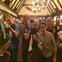 Stiri despre Filme - Barbatii-actori din The Lord of The Rings s-au reunit si au facut mai multe fotografii impreuna