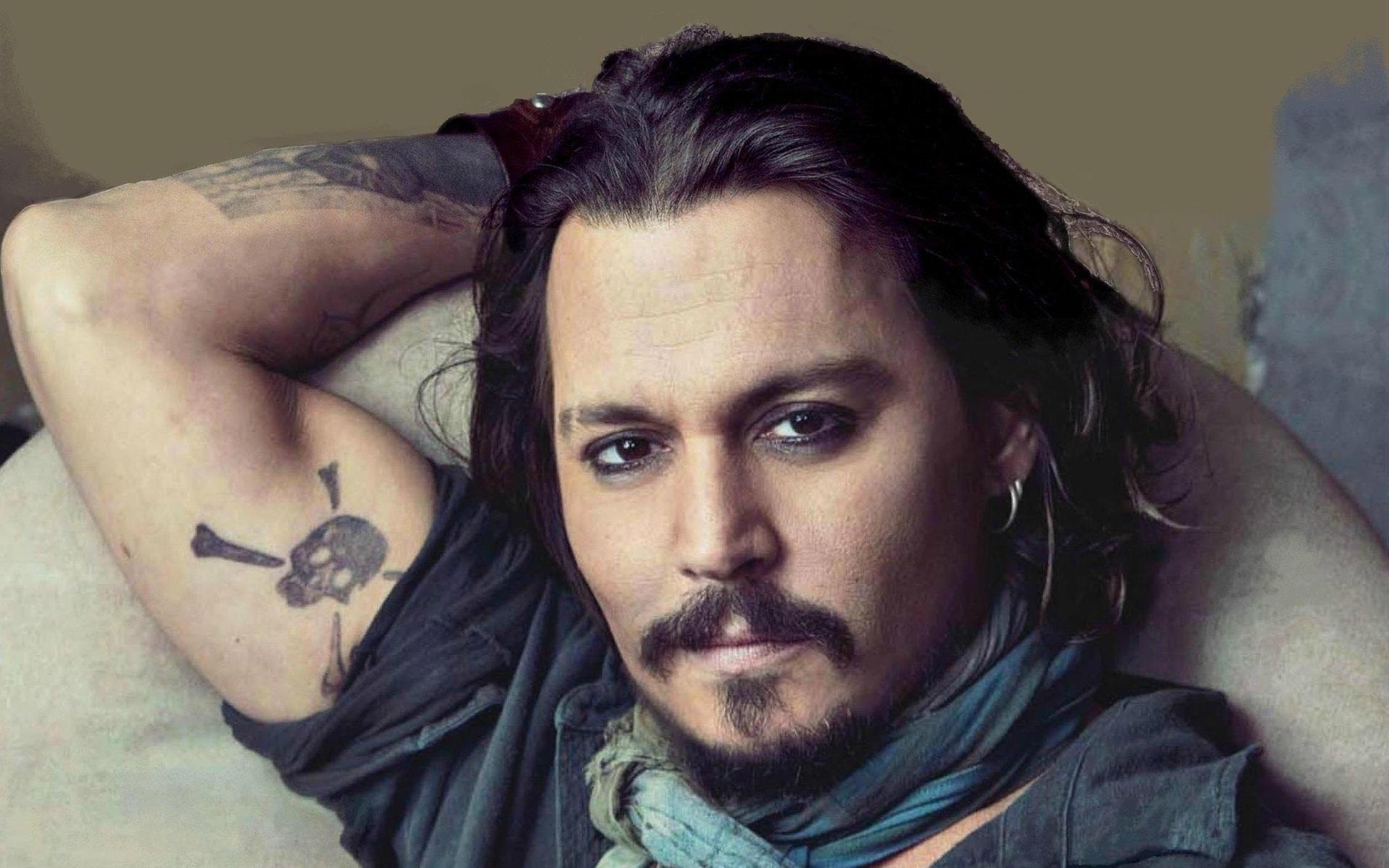 Johnny-Depp-Facts.jpg