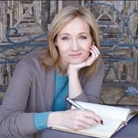 Stiri despre Filme - Raspunsurile incredibile ale lui J.K. Rowling fata de trollii de pe Twitter care il sustin pe Trump
