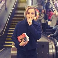 Stiri despre Filme - De ce prefera Emma Watson sa nu isi faca selfie cu fanii