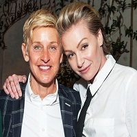 """Stiri despre Filme - Ellen DeGeneres si Portia de Rossi si-au scos locuinta """"bijuterie"""" la vanzare - cum arata proprietatea incredibila si cati bani vor pe ea"""