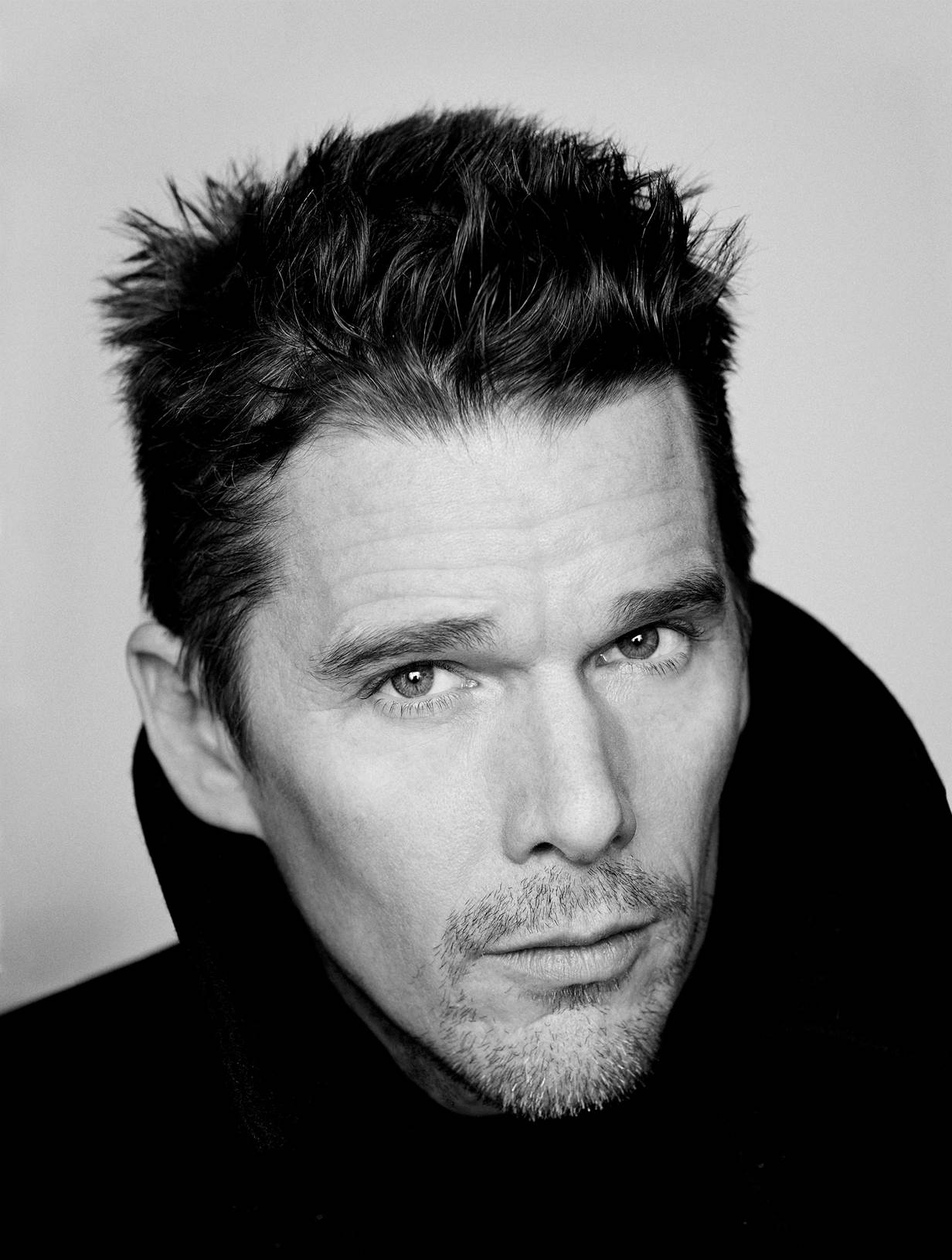 Ethan_Hawke_credits_Sam_Jones.jpg