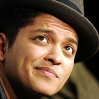 Articole despre Muzica - Bruno Mars, remix la piesa Gorilla in colaborare cu R. Kelly si Pharrell - AUDIO
