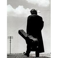 Articole despre Muzica - Balada tragica a unei morti, prezentata in noul videoclip al piesei Out Among the Stars - Johnny Cash