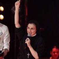 Articole despre Muzica - O calugarita a castigat Vocea Italiei - Video