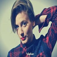 Articole despre Muzica - Helen si coverul ei dupa o piesa semnata Arctic Monkeys - o noua artista jazzy din Romania care suna foarte bine