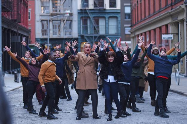 Articole despre Muzica - Tom Hanks joaca in noul videoclip semnat Carly Rae Jepsen
