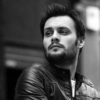 Articole despre Muzica - Ionut Tecuceanu, PR-istul cunoscut din blogosfera, are nevoie de ajutorul nostru pentru a-si inregistra un EP