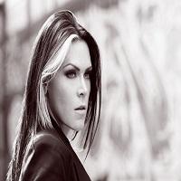 Articole despre Muzica - Beth Hart, una dintre cele mai bune voci ale lumii, va concerta la Sala Palatului pe 21 iulie si abia asteapta sa vada Romania