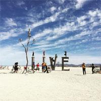 Articole despre Muzica - Burning Man - poze de la editia din 2015 a celui mai ciudat si intens festival din lume