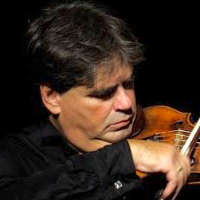 Articole despre Muzica - Gabriel Croitoru şi Vioara lui Enescu la Teatrelli