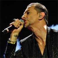 Cronici de Concerte si Evenimente - Cum a fost la Depeche Mode pe Stadionul National, 2013 - poze si impresii