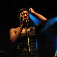 Cronici de Concerte si Evenimente - Concertul Bonobo - un live memorabil, dominat de publicul entuziasmat
