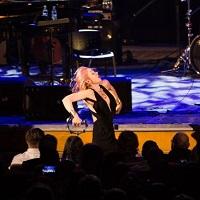 Pink Martini - trupa care ridica Sala Palatului in picioare, canta si danseaza cu publicul pe scena