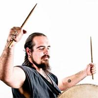 """Interviuri cu Artisti - Dan Ursu Olar, muzician si organizator de evenimente: """"Avem un potential enorm sa fim mult mai fericiti decat suntem """""""