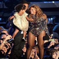 Show-ul lui Beyonce de la MTV Video Music Awards 2014 care a innebunit si emotionat internetul